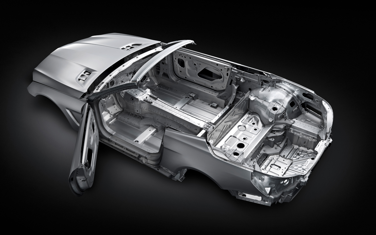 2013 Mercedes SL550 chassis and body constructed from aluminum save 300 lbs over the previous version of the SL